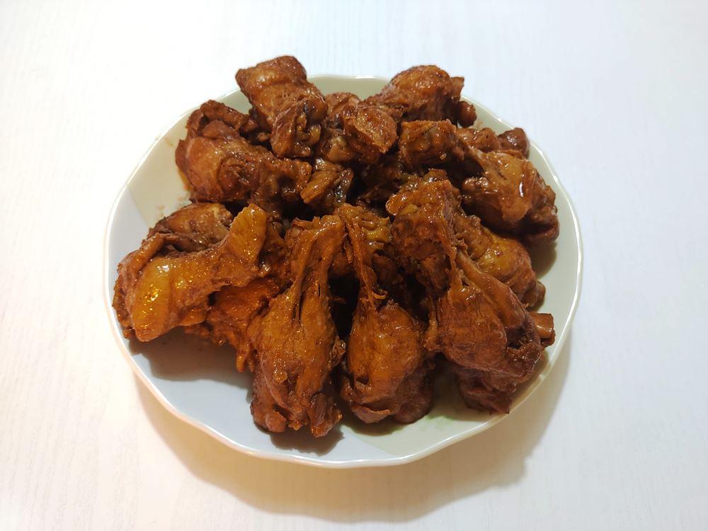 煮鶏の出来上がりの写真